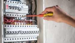 ELECTRICISTAS EN CHIA 3147535146